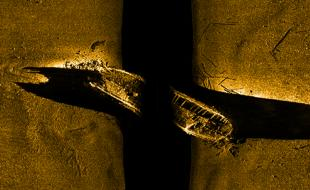Une image sonar de l'épave historique d'un des navires de l'expédition Franklin telle qu'elle repose au fond de l'océan (Photo : avec la permission de Parcs Canada).