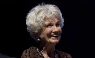 L'auteure canadienne Alice Munro (LA PRESSE CANADIENNE/Chris Young)